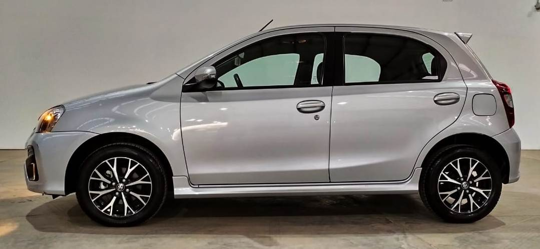 TOYOTA ETIOS 1.5 PLATINUM AT -